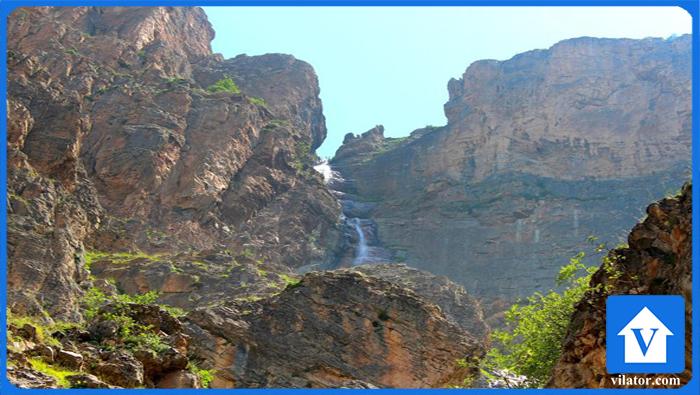 آبشار هریجان چالوس ویلاطور