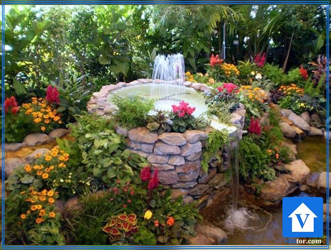 آبنمای باغی زیبا ویلاطور