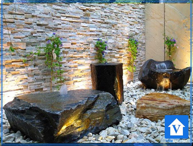آبنمای طبیعی در داخل خانه ویلاطور