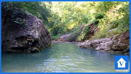 رودخانه بلیران جفت سنگ آمل ویلاطور