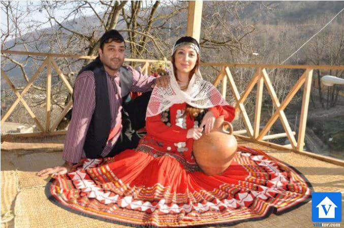 خرید ویلا حنگلی لباس محلی لاهیجان