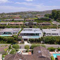 خرید ویلای مدرن ۱۸ میلیون دلاری با منظره اقیانوس در کالیفرنیا (۱)